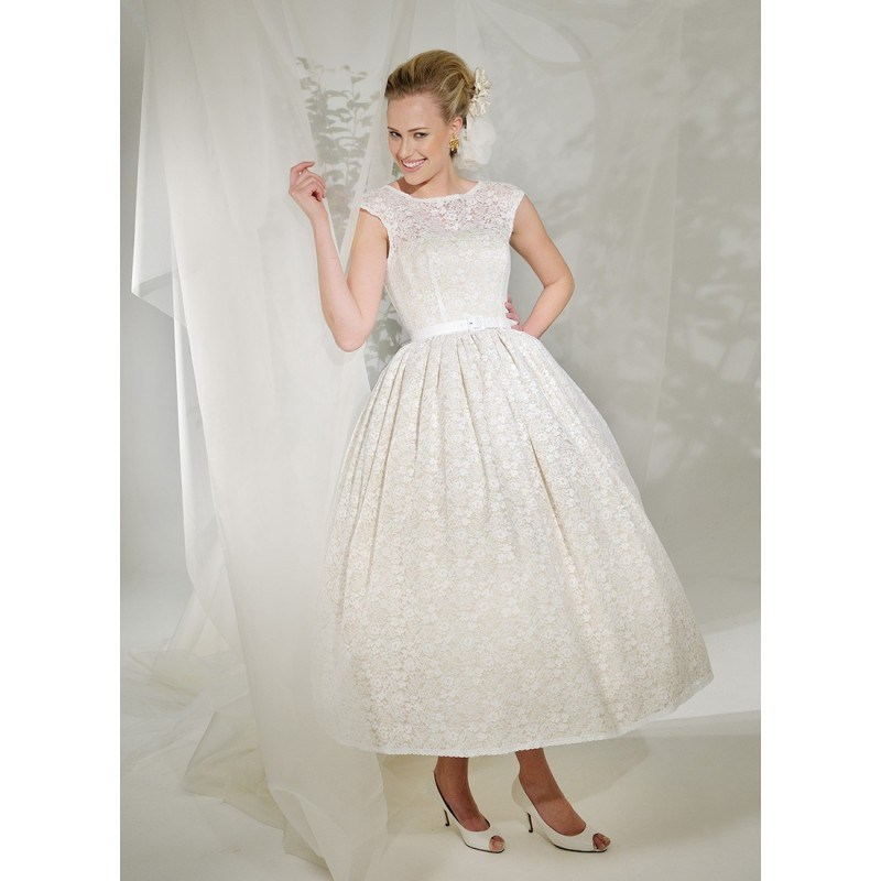 Marvelous Vintage Ball Gown Tea Length Boat Neck Lace Wedding Dress 0