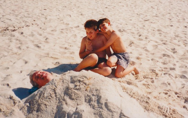 larry-boys-buried-in-sand